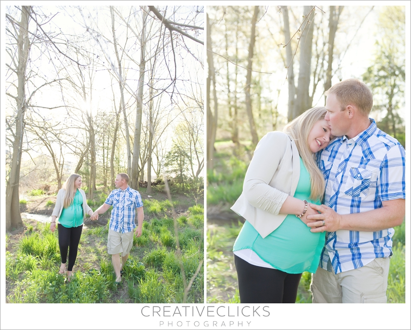 Natural light outdoors maternity portraits couple