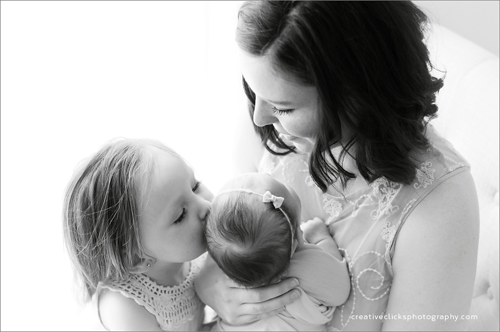 beautiful mother sister and baby portrait niagara baby photographer