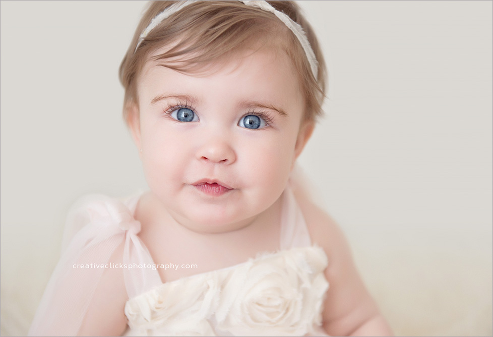 ezrah-niagara-one-year-old-photographer