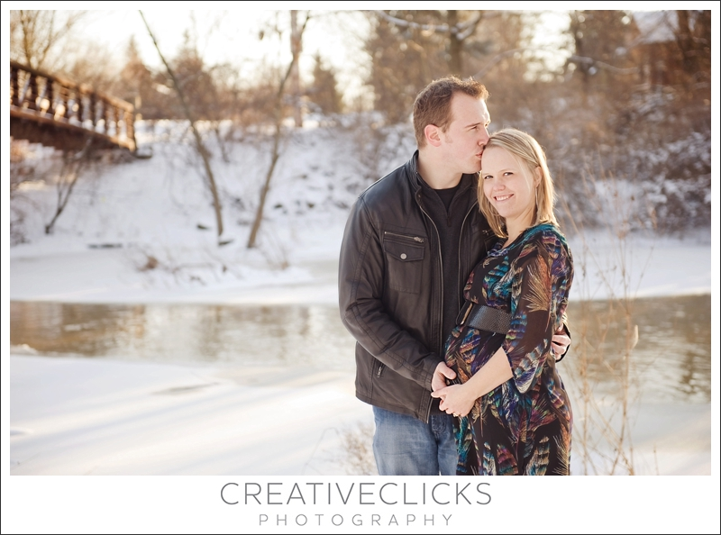 Outdoor Winter Maternity – Oakland County Maternity Photographer ...
